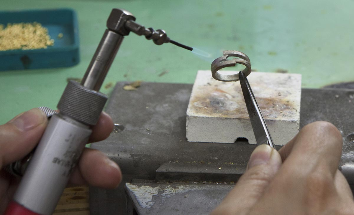 Fabrication d'un bijoux en or 18 carats