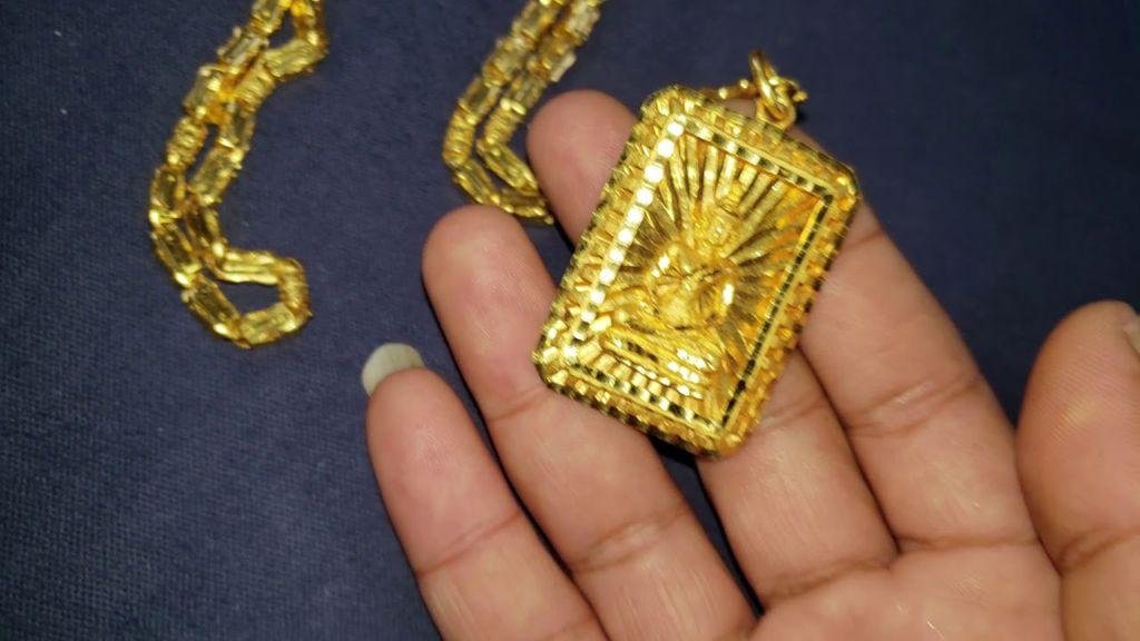 bijoux en or 24 carats asiatique