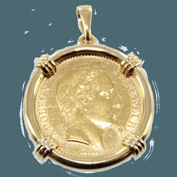 Piece en or en médaillon